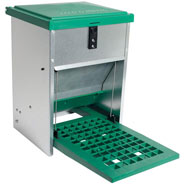 Feedomatic Poultry Feeder with footboard (5Kg)