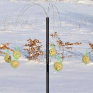 930115-original-danish-suet-ball-feeding-station-paelme.jpg
