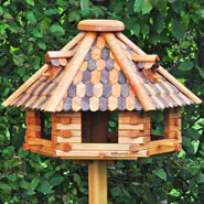 930305-voss-garden-bird-house-herbstlaub-super-large-real-wood.jpg