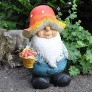 932153-mushroom-man-figurine-regnar.jpg
