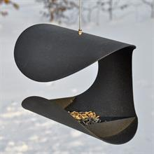 930141-bird-feeder-chair.jpg