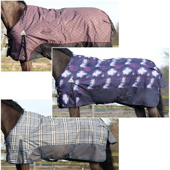 505130-1-luxury-turnout-blanket-300g.jpg