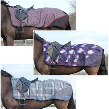 505352-1-qhp-luxury-riding-blanket-turnout.jpg