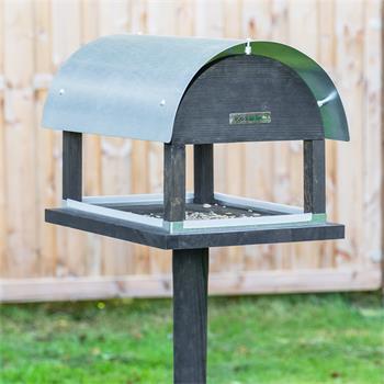 930128-1-voss.garden-bird-table-rom-danish-design-height-155cm.jpg