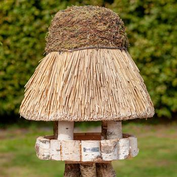 930409-1-voss.garden-birdhouse-amrum-thatched-roof-round-Ø-55-cm.jpg