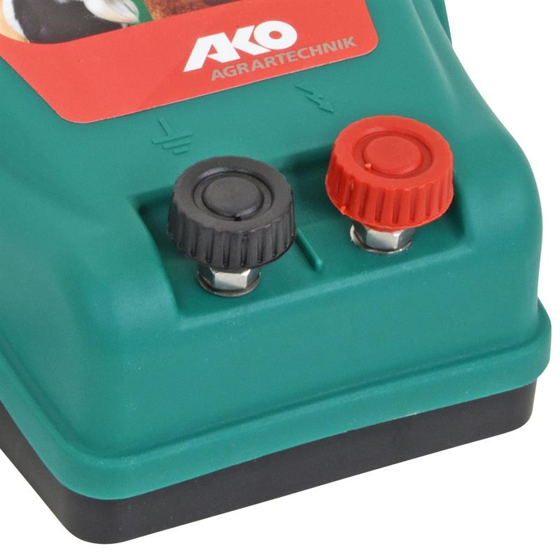 30909-5-230V-electric-fence-mains-energiser-Compact-Power-N700.jpg