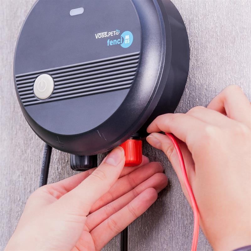 41210.uk-12-voss.pet-fenci-m05-electric-fence-energiser.jpg
