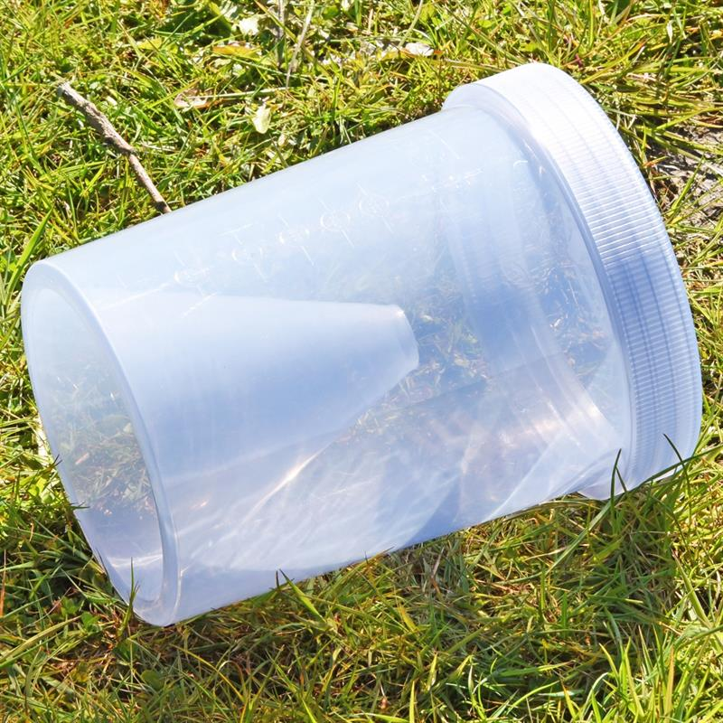 45453-5-voss.farming-horsefly-trap-capture-container-screw-lid.jpg