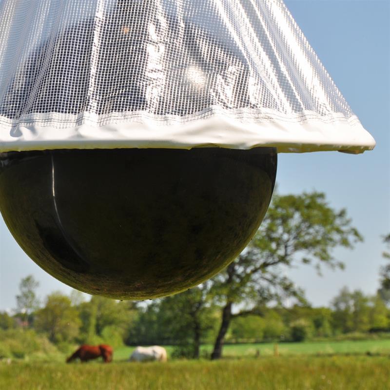 45470-Bremsenfallenball-Falle-fuer-Bremsen-und-Fliegen-TaonX-Horsefriend.jpg
