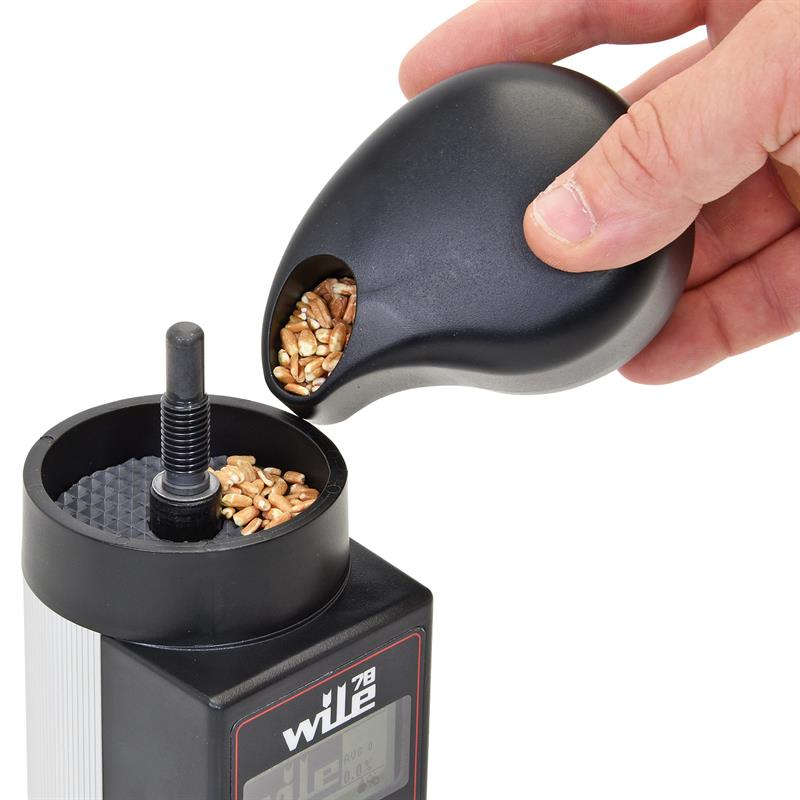 81640-8-WILE-78-moisture-meter-with-grinder.jpg