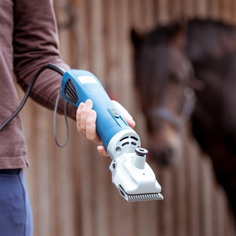 85307.uk-11-voss.farming-proficut-horse-clippers-blue.jpg