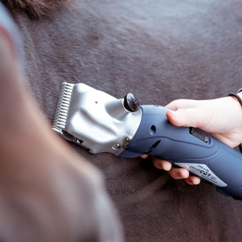 85345.uk-3-voss.farming-proficut-go-horse-clipper-battery-powered-blue-cordless.jpg
