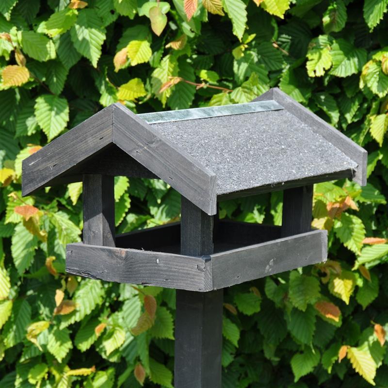 930122-Futterhaus-Tornby-schwarz-Holz-Vogelhaus-Dach-2.jpg