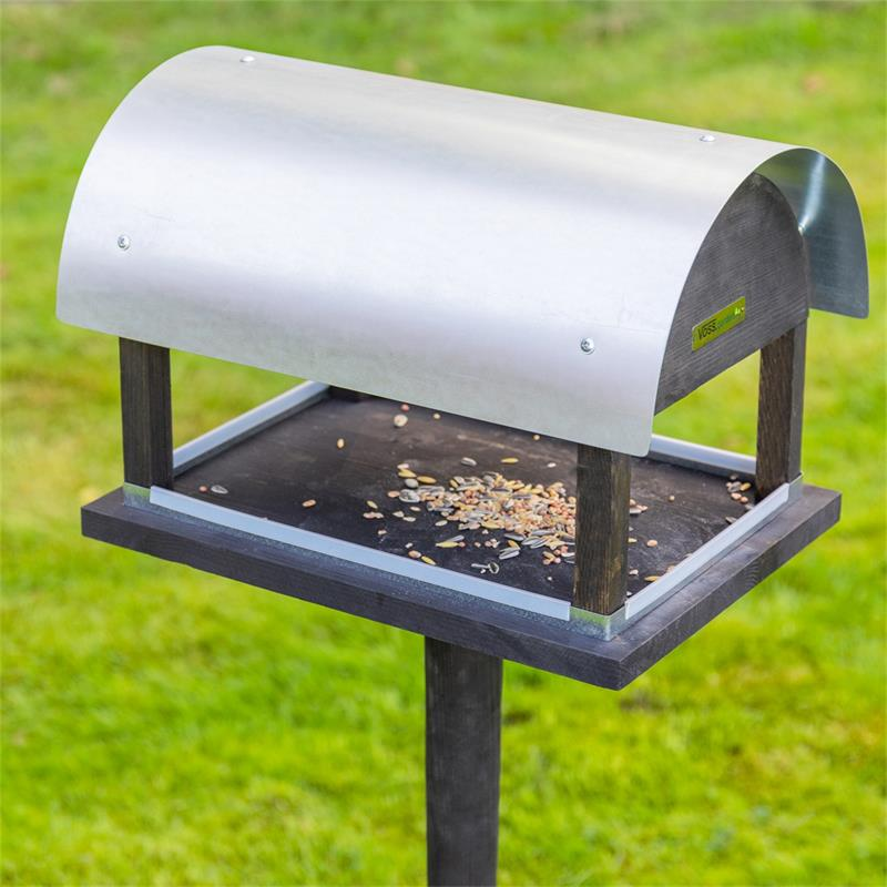 930128-7-voss.garden-bird-table-rom-danish-design-height-155cm.jpg
