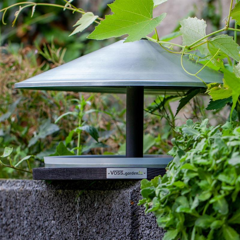 930132-6-voss.garden-skagen-elegant-design-birdhouse-with-stand.jpg