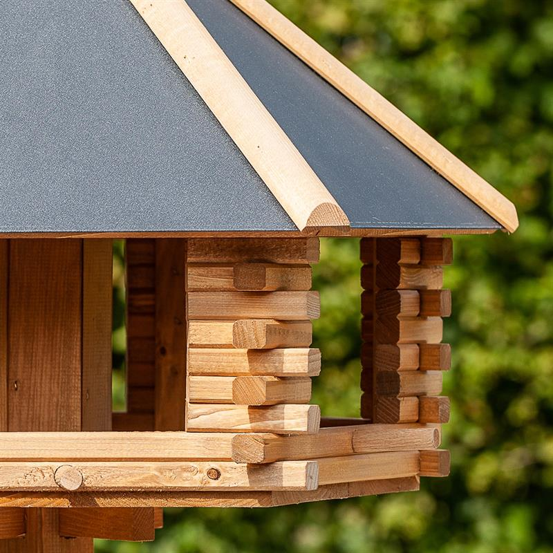930300-8-voss.garden-tofta-high-quality-wooden-birdhouse-with-metal-roof.jpg
