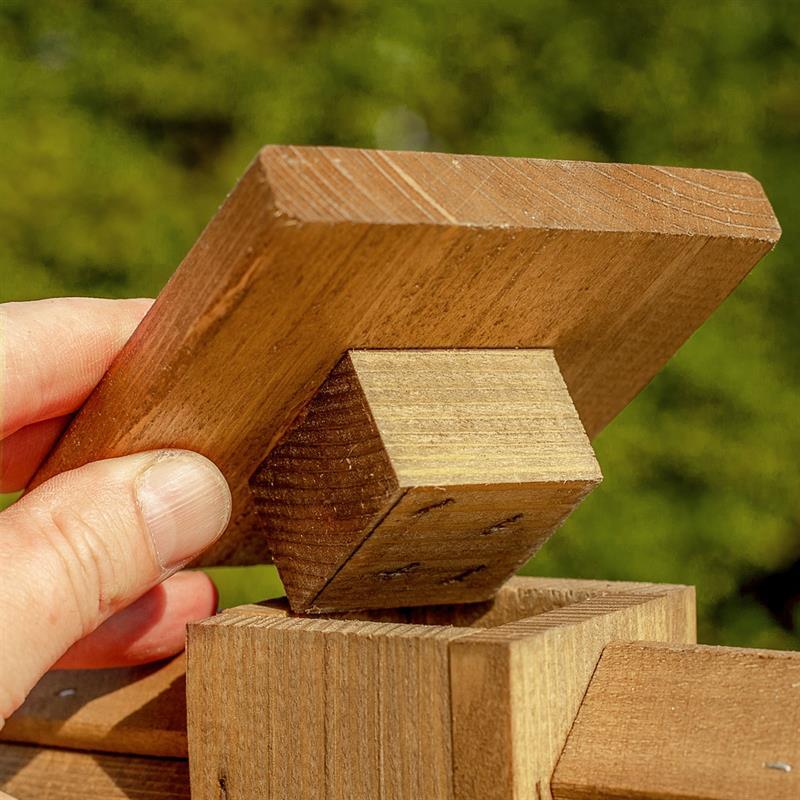 930310-5-voss.garden-bird-feeder-house-finch-house-wooden-natural.jpg