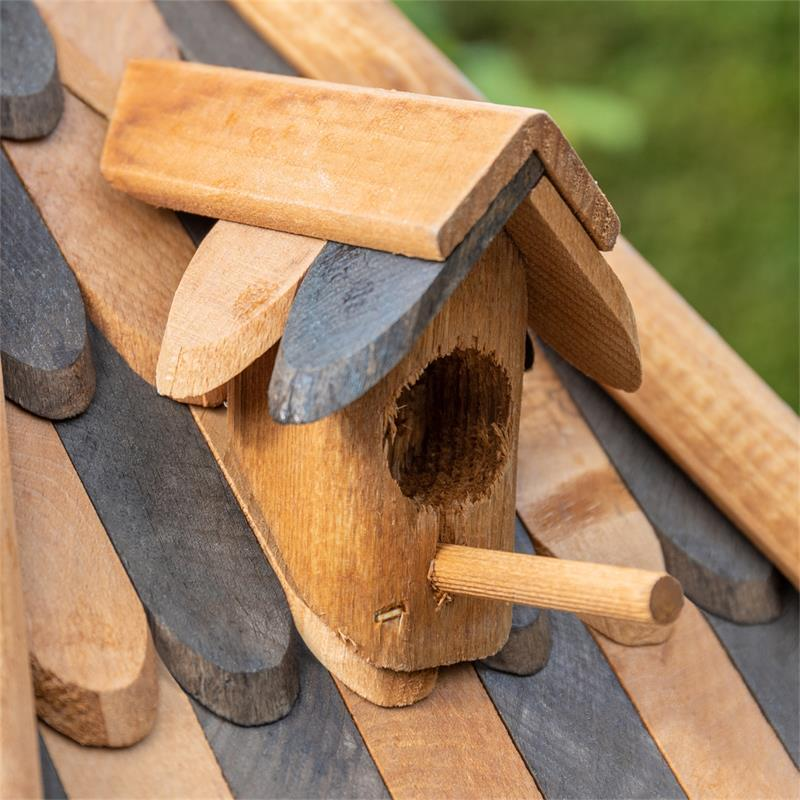 930321-4-voss.farming-wooden-birdhouse-lilhouse-stand.jpg