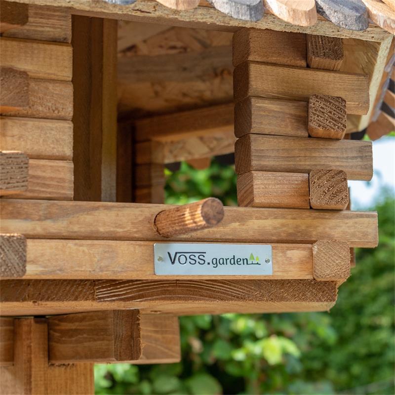 930321-9-voss.farming-wooden-birdhouse-lilhouse-stand.jpg