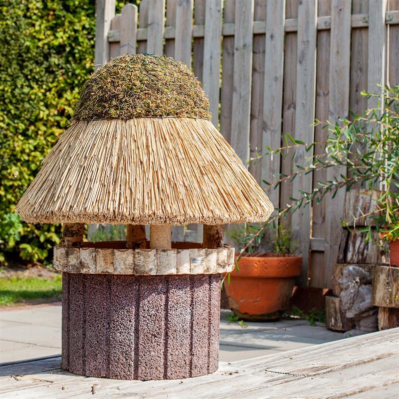 930415-6-voss.garden-birdhouse-foehr-round-thatch-roof-xl-Ø-80-cm.jpg
